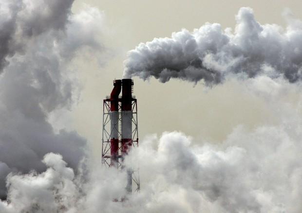 Clima: Aie, le emissioni nel 2021 saranno più alte da 10 anni