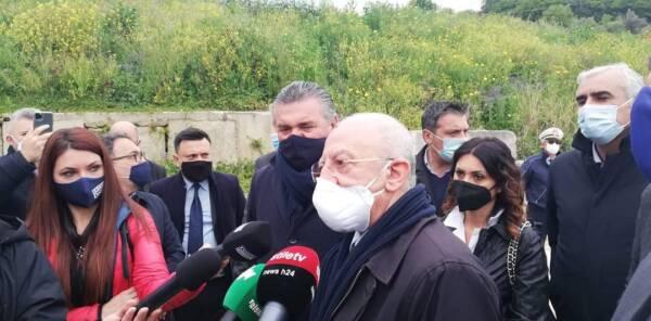 """De Luca ad Agropoli: """"Camera iperbarica per l'ospedale che sarà potenziato in vista dell'estate"""""""