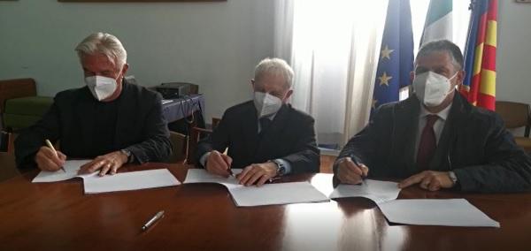 Siglata convenzione tra Comune di Salerno, Notai ed Avvocati