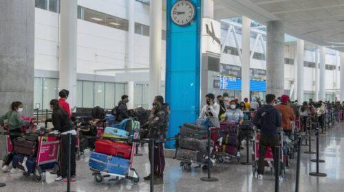 Nuova variante, il ministro Speranza blocca i voli dall'India