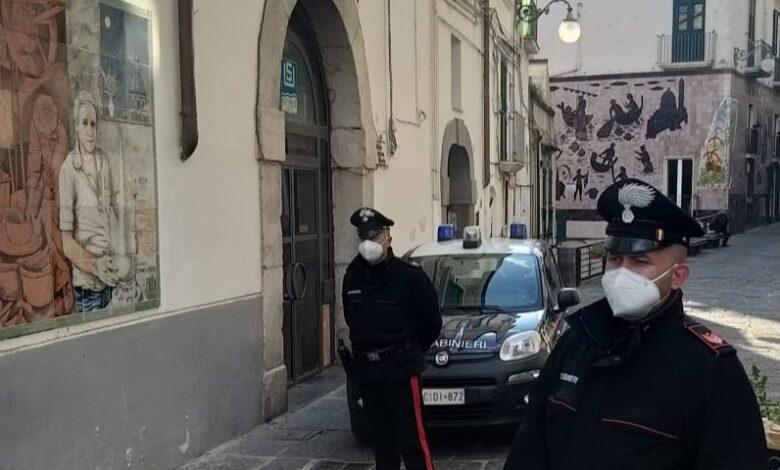 Abusi edilizi a Vietri, due denunciati