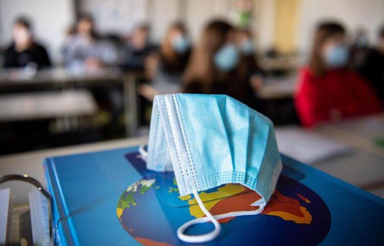 Sant'Arsenio, alunno dell'alberghiero positivo: classe in Dad fino al 14 maggio