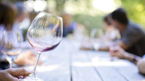 Turismo del vino per ripartire, arriva il primo manuale