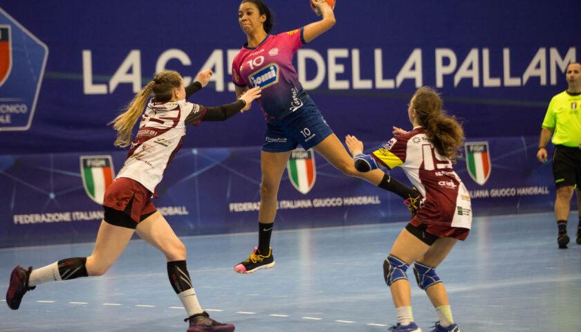 La Jomi supera il Cassano Magnago, alla Palumbo termina 25 – 21