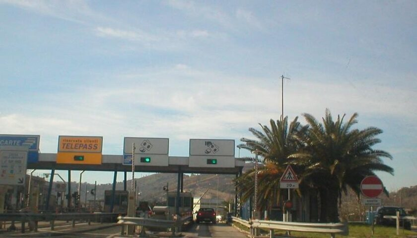 A30 CASERTA-SALERNO: CHIUSURE NOTTURNE STAZIONE DI CASTEL SAN GIORGIO