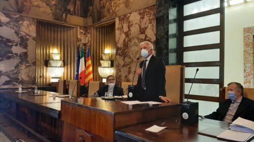 Salerno, in consiglio comunale  approvata la proposta delle benemerenze agli operatori sanitari