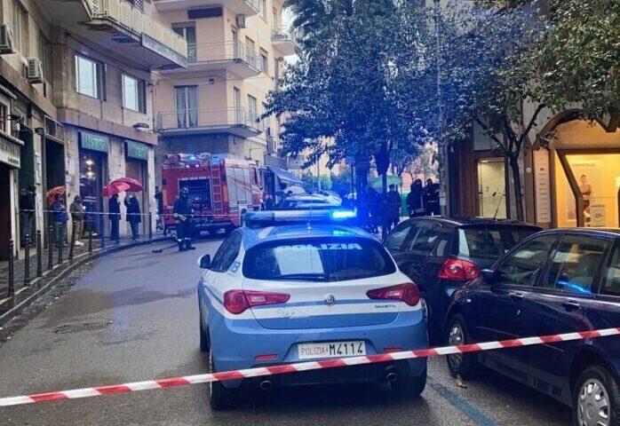 Rientrato l'allarme bomba nel centro di Salerno