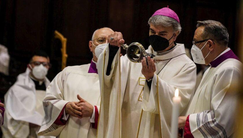 San Gennaro, prodigio della liquefazione: sciolto il sangue