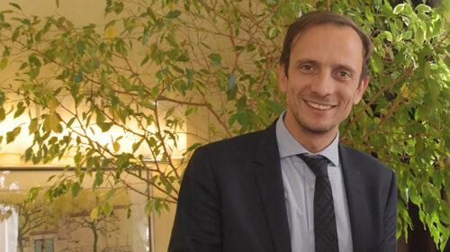 """Vaccini sulle strade delle vacanze, il presidente della Conferenza delle Regioni: """"Ci sono problemi"""""""