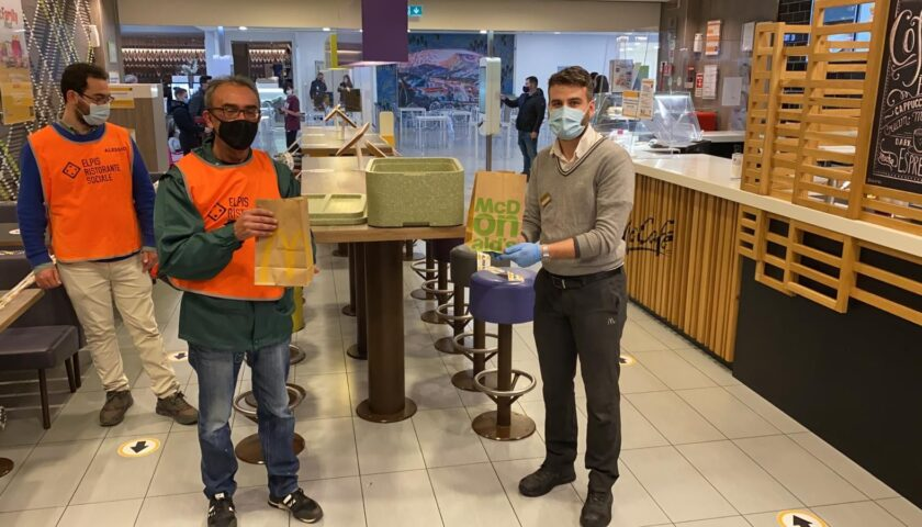 """McDonald's Salerno e Potenza in campo per la solidarietà – 3.410 pasti donati con il progetto """"Sempre Aperti a Donare"""""""