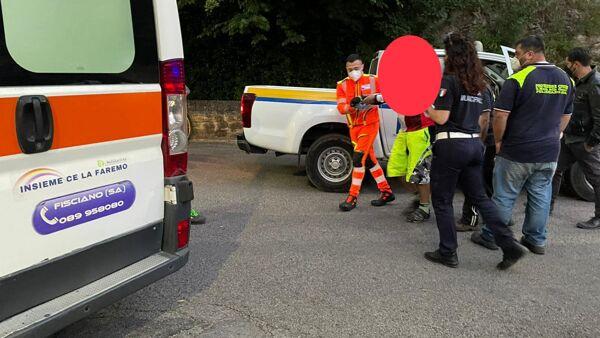 Cade dalla bicicletta, a Pellezzano salvato ciclista