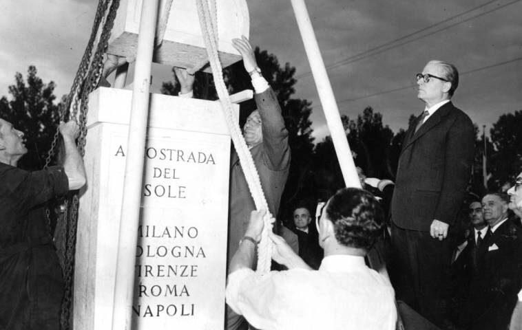 Il 19 maggio di 65 anni fa la posa della prima pietra per l'Autostrada del Sole