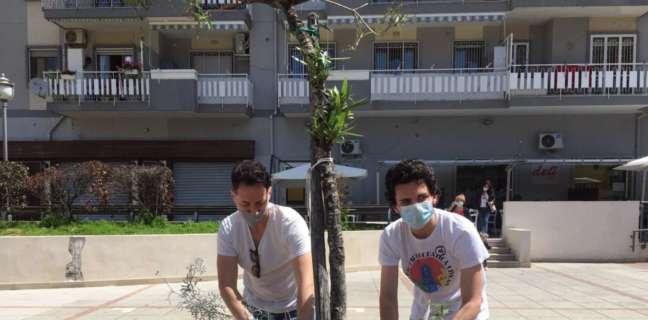 Coraggio Salerno pulisce e rinverdisce la città