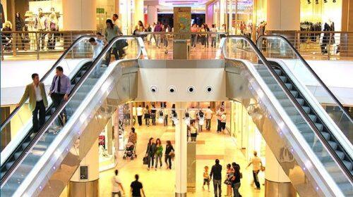 Riaperti nei fine settimana i centri commerciali nelle zone gialle