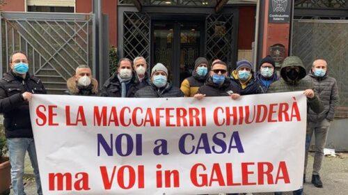 Maccaferri, gli operai firmano l'addio dall'azienda di Bellizzi