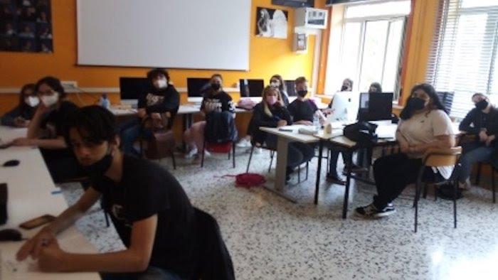 """Salerno, Officina Culturale & Multimediale al liceo """"Sabatini Menna"""""""