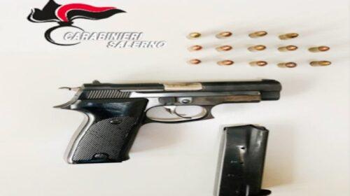 Arma clandestina in casa, arrestato 53enne di Pagani precettore del reddito di cittaadinanza