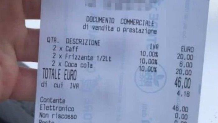 A Positano 46 euro per caffè e coca cola al bar: lo scontrino diventa virale sui social