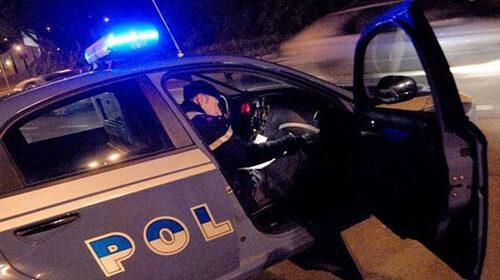 Salerno, scippo in piazza Gloriosi a Torrione: arrestato 19enne straniero