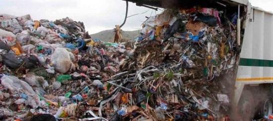 Traffico illecito di rifiuti, operazione della Dda di Lecce anche in Campania