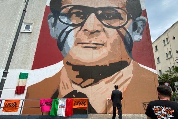 """Murales Marcello Torre, senatore Ruotolo: """"Oggi è stato il 25 aprile di Pagani"""""""