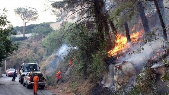 Salerno, partita la campagna antincendio, cosa c'è da seguire