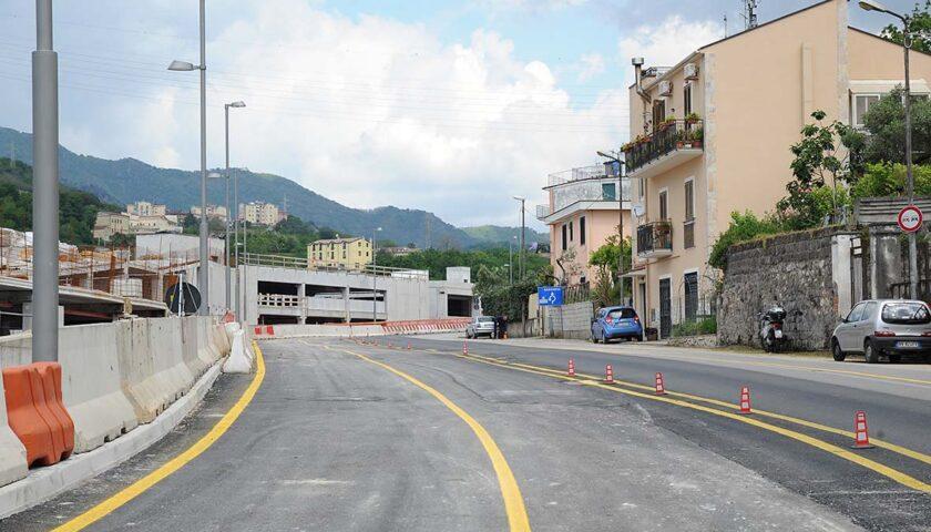 Salerno: schianto con lo scooter in via dei Greci, centauro in ospedale