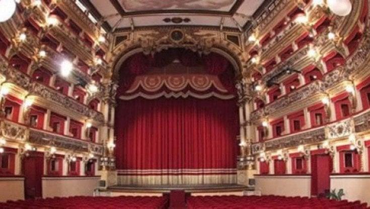 Ragazza aspirante attrice trovata morta nel Teatro Bellini di Napoli