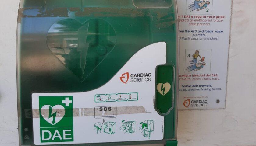Altavilla, ladri sciacalli rubano defibrillatore donato dall'Associazione La Panchina di Albanella