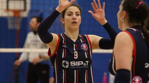 La P2P e la schiacciatrice Ilenia Cammisa lanceranno insieme il guanto di sfida alla serie B2 di Volley