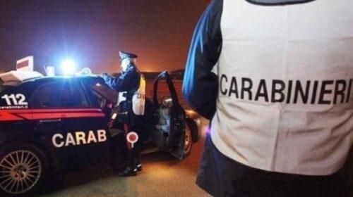 Assembramenti con oltre 400 giovani in un locale di Salerno, blitz dei carabinieri