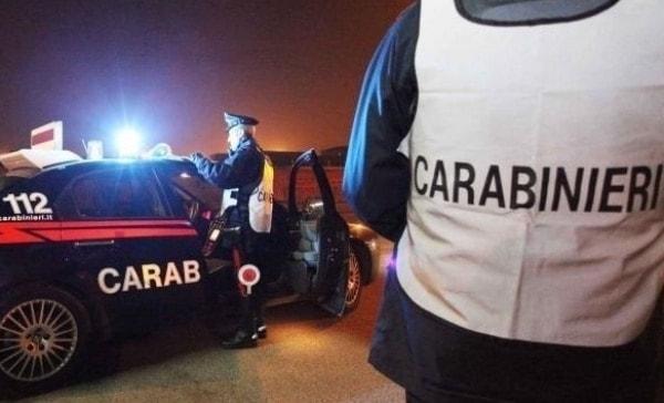 Capaccio, forza posto di blocco: arrestato immigrato