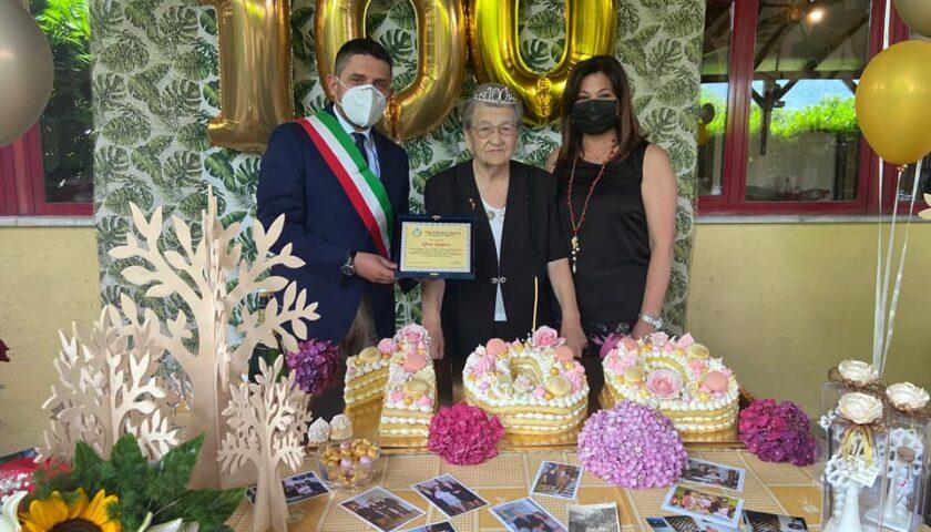 Mercato San Severino festeggia la centenaria Anna Ragosa di Pandola