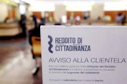 In Campania 275mila famiglie con reddito e pensione di cittadinanza, quanto tutti i sussidi del Nord Italia