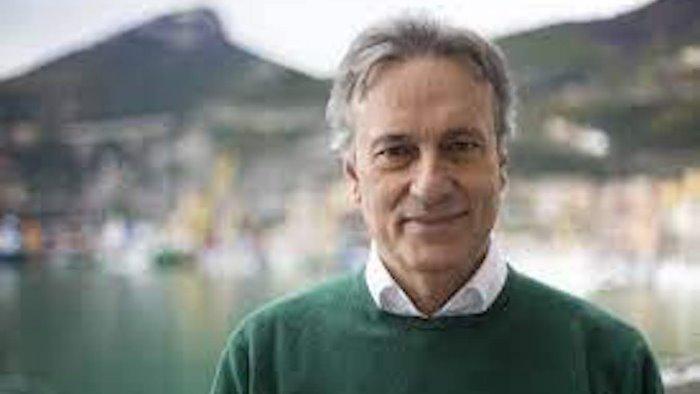 Tino Iannuzzi: Salerno intitoli strada a Roberto Racinaro
