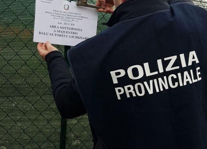 Smaltimento rifiuti, blitz della polizia provinciale a Castel San Giorgio: sequestro e denuncia: