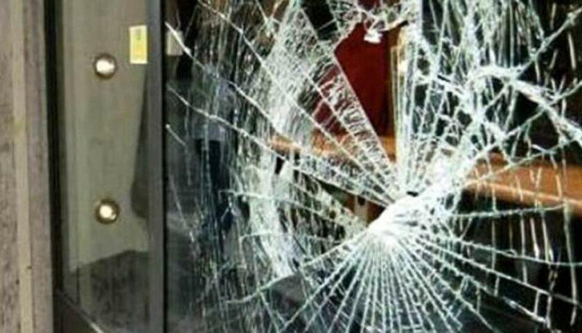 """Furti e vetrine in frantumi a Salerno, il Codacons: """"Le telecamere che fine hanno fatto? Urge tavolo per la sicurezza"""""""
