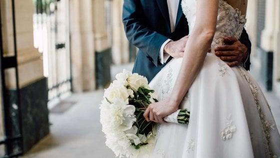 Sposo in ritardo, sfiorata la lite tra famiglie a Mercato San Severino