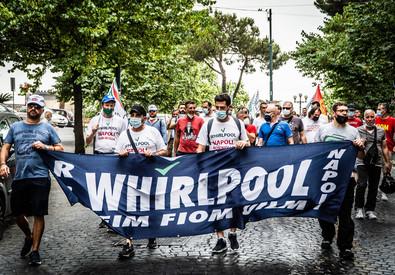 Napoli, Whirlpool avvia il licenziamento collettivo