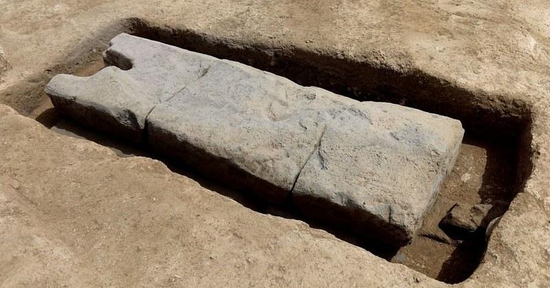 A Pontecagnano viene alla luce tomba numero 10mila del IX secolo a.c.
