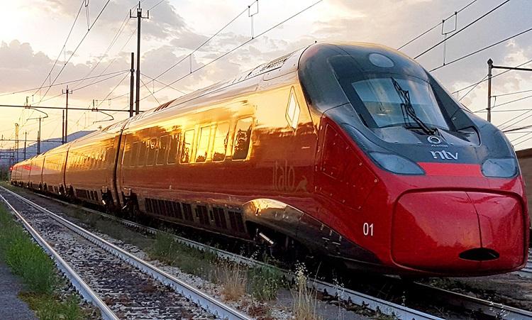 Italo dall'8 luglio arriva a Sapri e collega la Campania con le Eolie