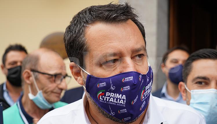 """Salvini da Napoli: """"In Campania misure senza senso"""""""