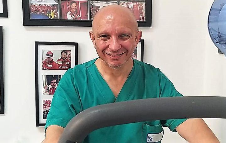 """Ortopedia, a Salerno anche da Milano. Il professor Nicola Maffulli: """"Ruggi tra le prime cinque aziende italiane"""""""
