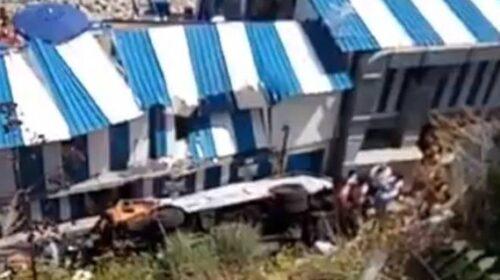 Capri, minibus nel vuoto: 19 feriti, morto l'autista