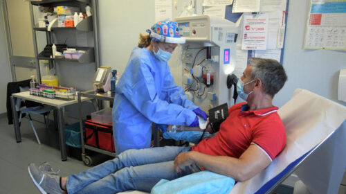 Morto suicida il dottore De Donno, curava il Covid con le trasfusioni di plasma iperimmune