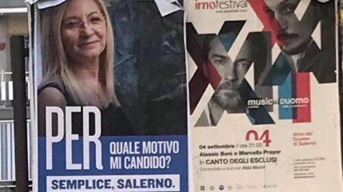 """Salerno, manifesti abusivi. Elisabetta Barone: """"Chiedo scusa pubblicamente, pagherò la multa"""""""