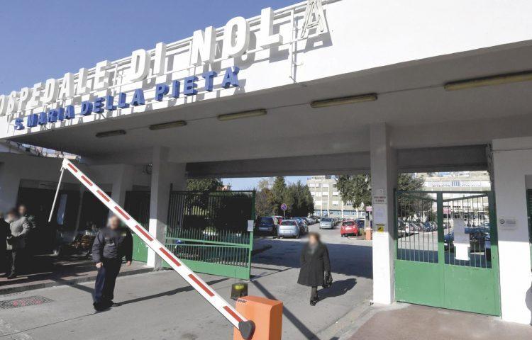 Partorisce un bambino e poi muore, tragedia in ospedale a Nola per una giovane di 35 anni