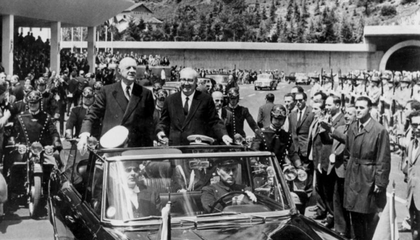 Il 16 luglio 1965 De Gaulle e Saragat inaugurarono il traforo del Monte Bianco