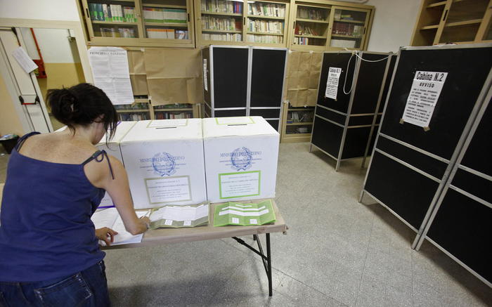 Ufficiale: amministrative al voto il 3 e 4 ottobre, 40 comuni salernitani al voto