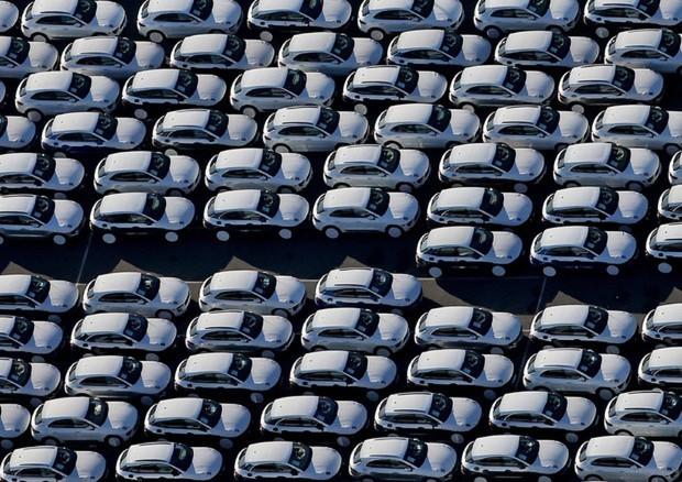 Auto: da lunedì al via nuovo ecobonus